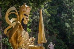 Goldbuddhist heiliges staue lizenzfreie stockfotos
