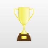 Goldcup des Siegers auf einem Sockel Stockbild