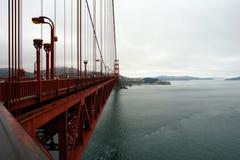 golde строба детали моста стоковые изображения