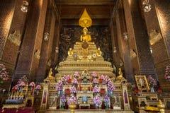 Golden altar at the Wat Pho temple in Bangkok Stock Photos
