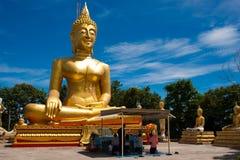 Golden Buddha Statue, Wat Phra Yai, Pattaya
