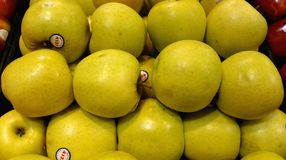 Free Golden Delicious Apples Royalty Free Stock Image - 47179906