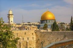 Golden Dome de la pared del ` del ` occidental occidental de la roca que se lamenta del templo antiguo Jerusalén Israel Foto de archivo libre de regalías