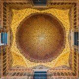 Golden Dome del Pasillo de embajadores Alcazar, Sevilla fotografía de archivo libre de regalías