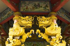 Golden dragon statue in temple Royalty Free Stock Photography