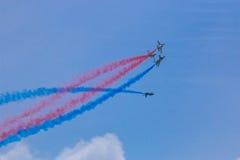 Golden Eagles de ROKAF T-50 en la formación fotos de archivo