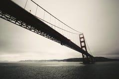 Golden Gate au-dessus de la baie à San Francisco photo libre de droits