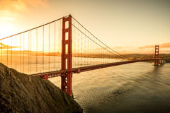 Golden gate bridge alla luce di alba, San Francisco California U.S.A. Immagini Stock Libere da Diritti