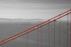 Golden gate bridge in bianco e rosso neri, San Francisco, California, U.S.A. Immagini Stock