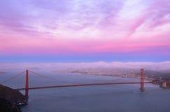Golden gate bridge bij zonsondergangachtergrond, San Francisco, Californië, de V.S. stock afbeelding