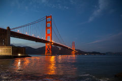 Golden gate bridge-Bild | Nahe Dunkelheit Lizenzfreies Stockfoto