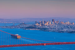 Golden Gate Bridge and downtown San Francisco Royalty Free Stock Photos