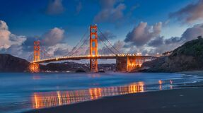 Free Golden Gate Bridge During The Evening Sky Royalty Free Stock Photography - 204129567