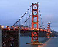 Golden Gate Bridge at dusk, San Francisco, SUA Stock Photos