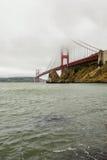 Golden gate bridge en brouillard, San Francisco photos libres de droits