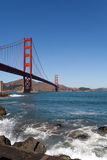 Golden gate bridge-Golven Stock Foto