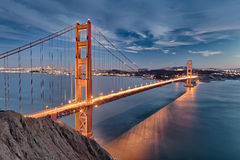 Golden gate bridge i den San Fracisco staden Arkivfoton