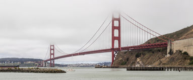 Golden Gate Bridge i Sausalito marina Fotografia Royalty Free