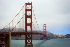 Golden Gate Bridge na chmurnym dniu Zdjęcia Royalty Free