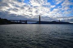 Golden gate bridge och SFO-FJÄRD Royaltyfri Fotografi