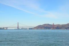Golden gate bridge over de baai in San Francisco, Californië Stock Foto's