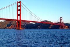 Golden gate bridge på en klar morgon Royaltyfria Foton