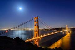 Golden gate bridge på natten, San Francisco Fotografering för Bildbyråer