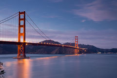 Golden gate bridge på skymning, San Francisco, Kalifornien Arkivfoto