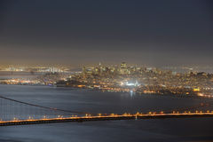 Golden Gate Bridge przy nocą, San Fransisco, usa Fotografia Royalty Free