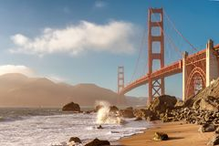 golden gate bridge san francisco bei sonnenuntergang stock images 352 photos. Black Bedroom Furniture Sets. Home Design Ideas