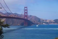 Golden gate bridge, San Francisco, Californië, de V.S. tijdens een schone zonnige dag Royalty-vrije Stock Fotografie