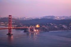 Golden gate bridge Vroege Avond zet om Royalty-vrije Stock Afbeeldingen