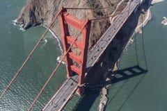 Golden Gate Bridge wierza i Marin Headlands Powietrzni Zdjęcie Royalty Free