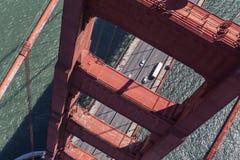 Golden Gate Bridge wierza widok z lotu ptaka Obrazy Stock
