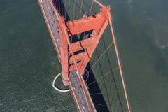 Golden Gate Bridge wierza Zestrzela widok antenę Fotografia Stock