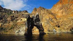 Golden Gate da rocha No Mar Negro crimeia imagens de stock