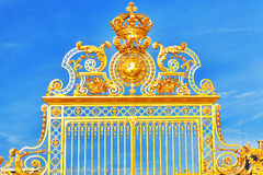 Golden Gate del castillo francés de Versalles foto de archivo