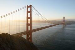 Golden Gate an der Dämmerung Lizenzfreie Stockbilder