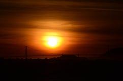 Golden Gate-nebeliger Sonnenuntergang Lizenzfreie Stockbilder