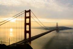 Golden Gate nella nebbia Fotografia Stock