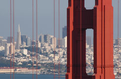 Golden Gate und San Francisco. stockfotos