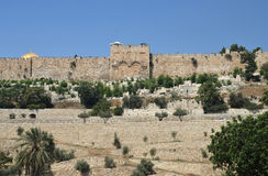 Golden Gate y bóveda de la roca en Jerusalén, Israel Foto de archivo