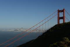 Golden Gate, y vistas imponentes de la ciudad Imagen de archivo
