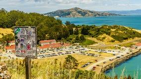 Golden Gatehästskofjärd från ovannämnd fortpunkt royaltyfria foton