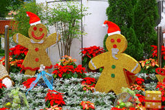 Golden gingerbread men christmas decoration Stock Photography