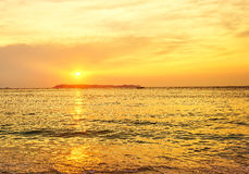 Golden hour in sunrise over the sea Royalty Free Stock Photos