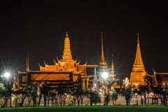 Golden light of Wat Phra Kaew from Sanam Luang Royalty Free Stock Photography