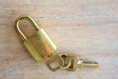 Golden padlock Royalty Free Stock Photos