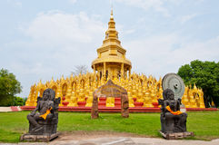 Golden pagoda with blue sky Royalty Free Stock Photography
