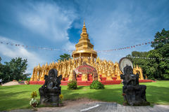 Golden pagoda with blue sky Royalty Free Stock Images